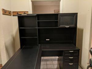 Office desk for Sale in Phoenix, AZ