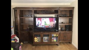 Entertainment Center for Sale in Sedro-Woolley, WA