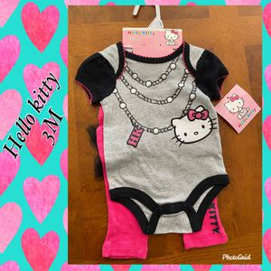 Hello kitty outfit for Sale in Moreno Valley, CA