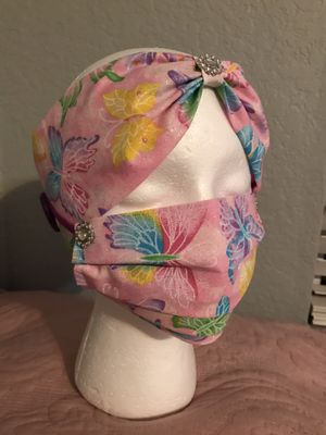 Mask and matching headband. for Sale in Tequesta, FL