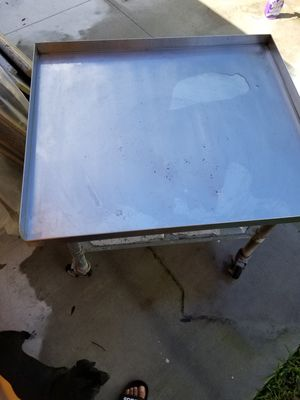 36 inches equipment stand for Sale in Lake Worth, FL