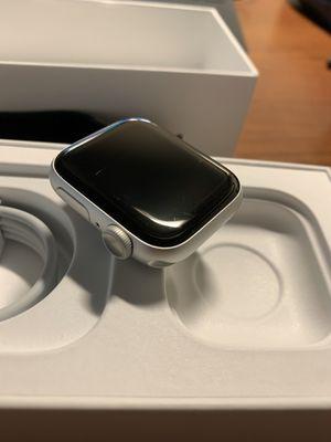 Apple Watch series 5 aluminum 40mm for Sale in Ontario, CA