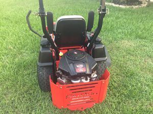 Commercial zero turn riding lawn mower tractor for Sale in Davenport, FL