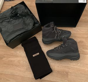 Yeezy desert boot for Sale in Los Angeles, CA