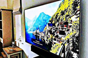 LG 60UF770V Smart TV for Sale in Hickory, KY