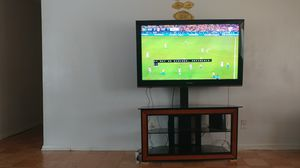 Samsung 50 inch tv with stand for Sale in Hyattsville, MD