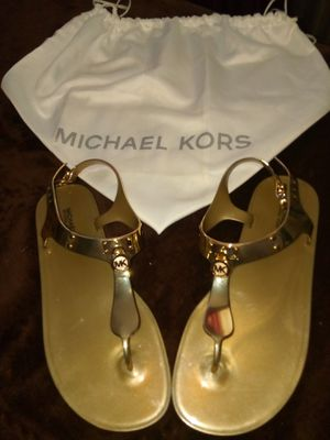 Gold Michael Kors sandals Authentic and bag included for Sale in Tampa, FL