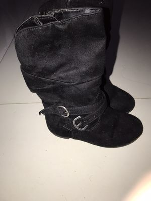 Girls boots size 7.5 for Sale in Pembroke Pines, FL