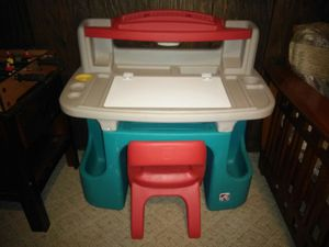 Step 2 Kid's Desk with Chair for Sale in Saint Charles, MO