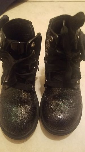 Jojo toddler girls boots size 8 for Sale in Jacksonville, FL