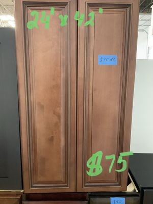 Various kitchen cabinets/ see pictures for Sale in Grove City, OH