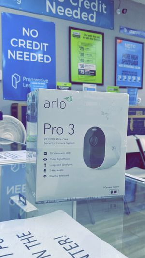 Arlo Pro 3 - 2K Wire-Free Security (one Camera) white - Brand New in Box! - One Year Warranty! for Sale in Arlington, TX