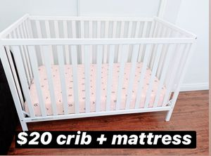 $20 Full size convertible baby crib + Deluxe Mattress for Sale in Anaheim, CA