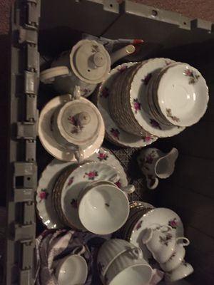 China set for Sale in Brandywine, MD