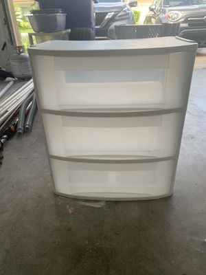 3 plastic drawers for Sale in Pembroke Pines, FL