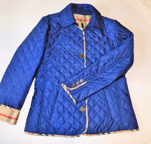BURBERRY WOMENS LIGHT JACKET SMALL NEW for Sale in Raleigh, NC