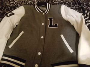 NEW Jacket size XL for Sale in Porterville, CA