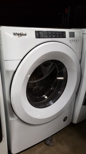 BRAND NEW !! WHIRLPOOL 2019 FRONT LOAD WASHER for Sale in Ontario, CA