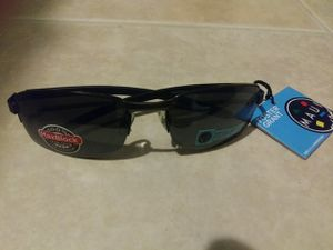 Foster Grant Maui sunglasses new with tags for Sale in Chandler, AZ
