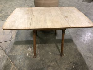 Mid century drop leaf antique table. for Sale in Portland, OR