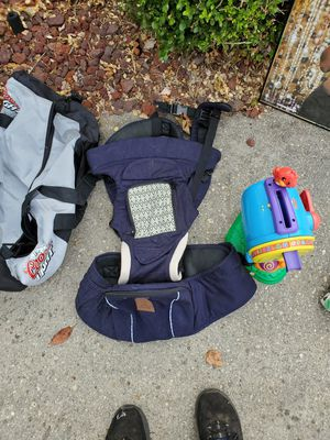 Baby carrier for Sale in Arnold, MD