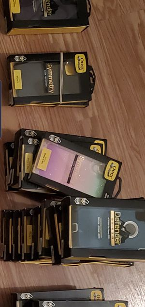 Otter boxes for Sale in St. Louis, MO
