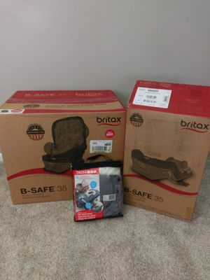 Baby car seat with extra base Britax for Sale in Sugar Land, TX