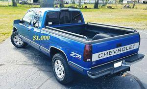 🔥$1000 I'm selling my Chevrolet 1500 Silverado 1997 for Sale in Jersey City, NJ