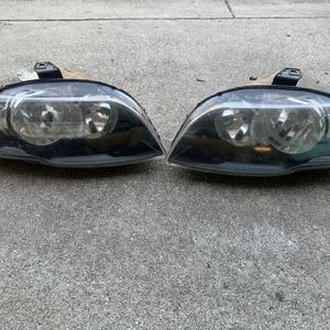 Auto Parts Headlight for Sale in Montebello, CA