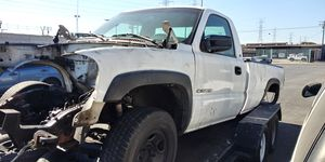 00-06 sierra 2500hd parting out for Sale in Huntington Park, CA