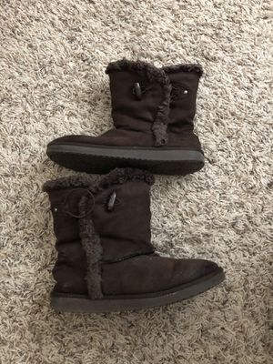 Girls size 3 boots for Sale in Rialto, CA