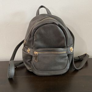 Gray Purse Backpack for Sale in Long Beach, CA