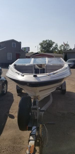 Boat BAYLINER for Sale in Joliet, IL