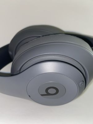 Beats Wireless Headphones for Sale in Arlington, VA