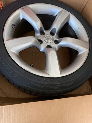 Nissan 350z rim and tires for Sale in Orlando, FL