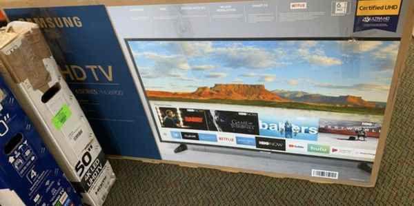 "Samsung 50"" 4K smart tv ! Liquidation sale!! 👍🙏👍🙏👍👍👌🙏 M1EKD"