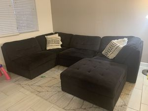 Dark blue/ black sectional couch for Sale in Aventura, FL