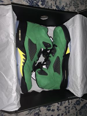 Air Jordan 5 Apple Green/ Oregon Size 11.5 for Sale in Alexandria, VA