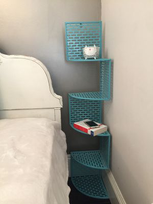 Corner Shelf / Night Stand for Sale in Los Angeles, CA