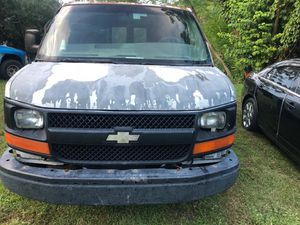 2003 Chevy Express for parts for Sale in Orlando, FL