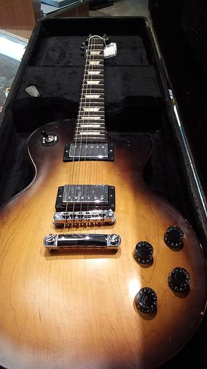 Gibson electric guitar for Sale in Lubbock, TX