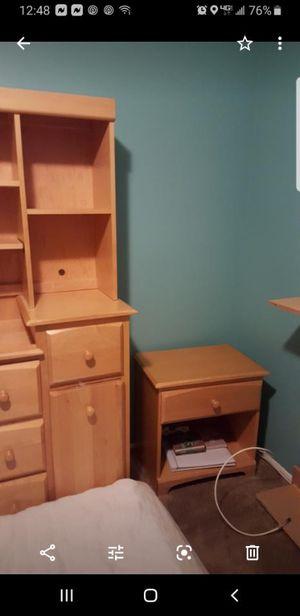 Bedroom set for Sale in Freehold, NJ