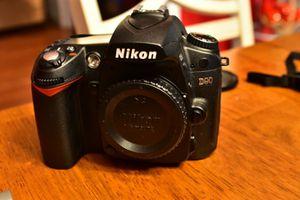 Nikon Dslr D90 excellent condition with lenses for Sale in Pembroke Pines, FL