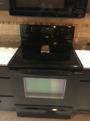 Black whirlpool appliances for Sale in Melbourne Beach, FL