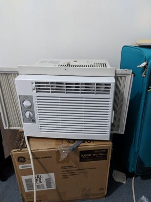 Air conditioner for Sale in Chicago, IL