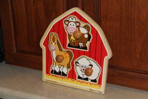 Melissa and Doug Chunky Peg Farm Puzzle $5 for Sale in Stockton, CA