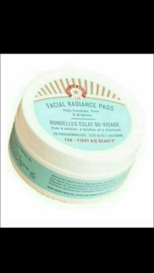 FAB Facial Radiance Pads w Free Gift for Sale in Quincy, MA