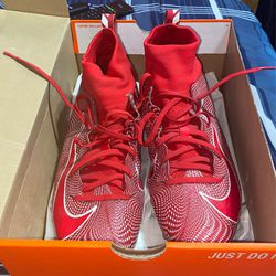 Red Nike Vapor Max Football Cleats for Sale in Jacksonville,  IL