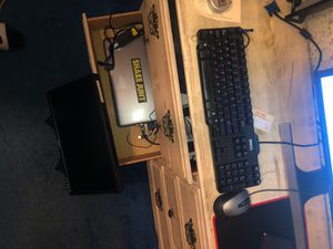 LAPTOP WITH MONITOR, KEYBOARD, AND MOUSE FULL SET TO USE LIKE COMPUTER for Sale in Palmdale, CA