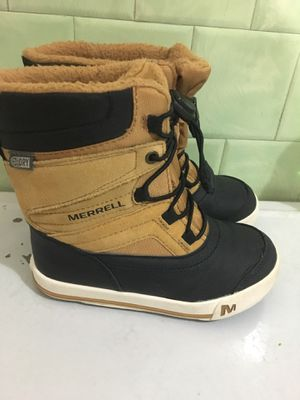 Merrell Boys Size 11 Snow Boots for Sale in Elmwood Park, IL